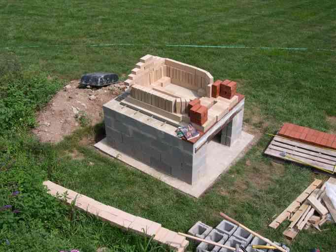 Matt Considine : Building A Brick Oven
